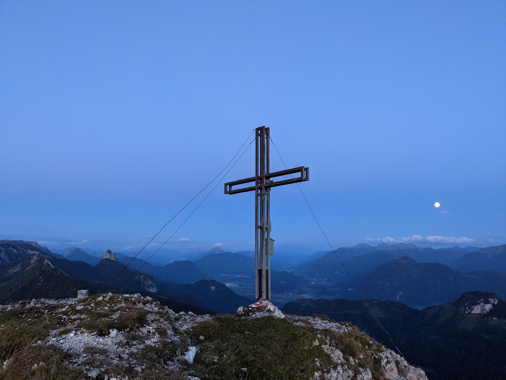 2021-09-18 Hechlstein Summit Cross